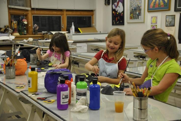 Children paint during William Woods' Kemper Kids Art Camp
