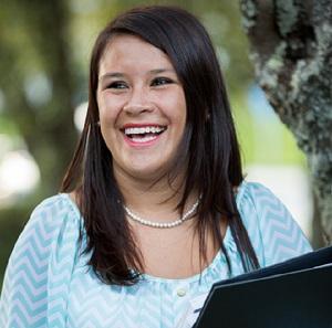 Wendy Gomez, Bachelor of Social Work student